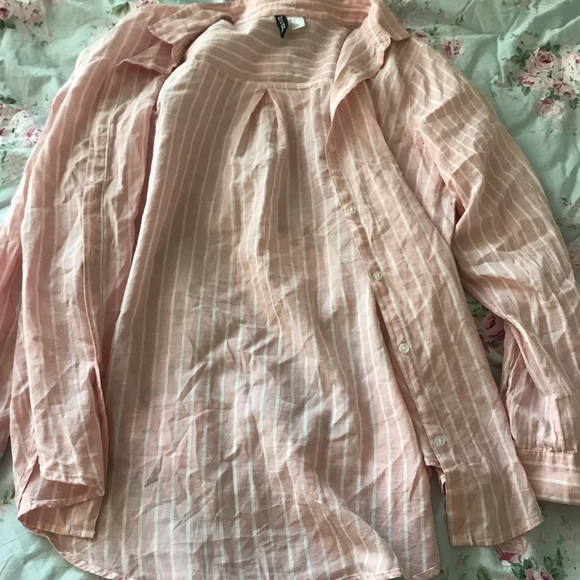 H&M Tops - pink and white striped button up shirt